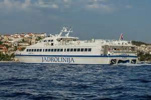 ferry catamaran novalja katamaran judita jadrolinija