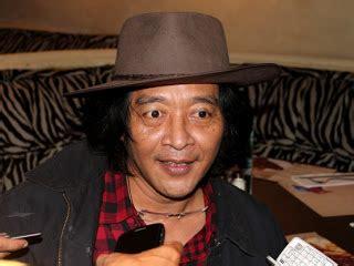 Buku Kelakar Madura Buat Gus Dur Sujiwo Tejo profil biodata sujiwo tejo profil artis terbaru