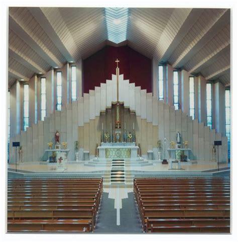 modern church altar
