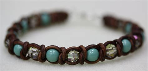 Intermediate Spanish Knot Bracelet Tutorial   Bead World