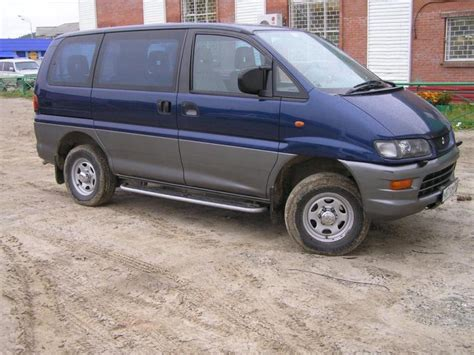 mitsubishi delica space gear review 2000 mitsubishi space gear pictures 2400cc gasoline