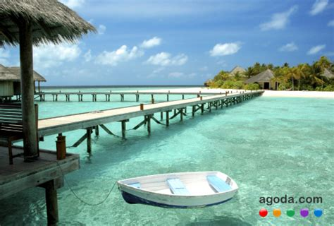 agoda maldives four resorts from maldives wins agoda com gold circle