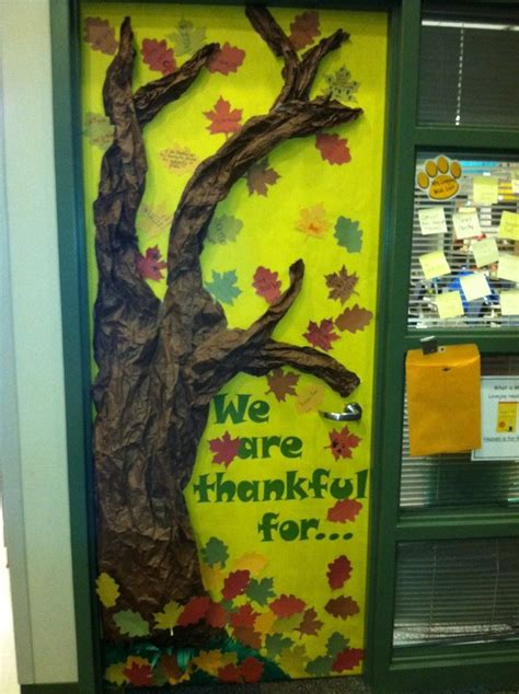 Tree Door Decoration by 1000 Images About Fall Autumn Projects And Bulletin Board
