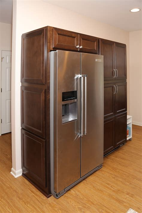 aristokraft cabinet doors replacement replacement cabinet doors finished painting oak cabinet