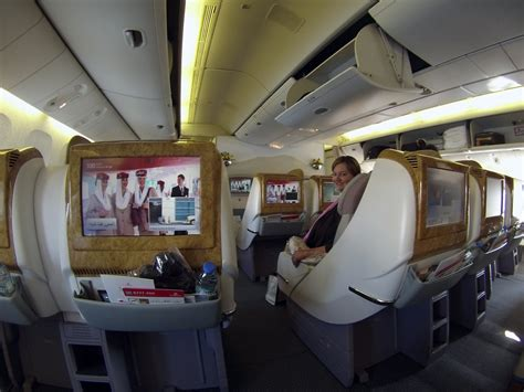 emirates business class flight review chicago dubai on emirates business class
