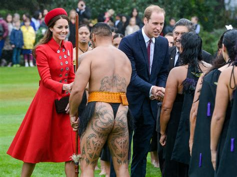 Cathrine Mauri prince william and catherine duchess of cambridge talk with members of the maori welcome