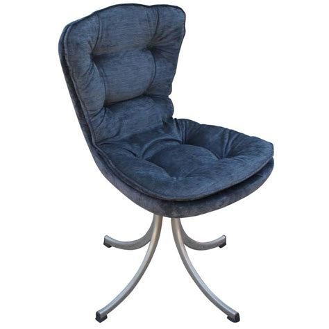 modern swivel dining chairs stunning set of four modern swivel tufted dining chairs in