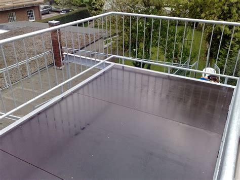 überdachung terrasse metall metall w 252 nsche k 246 ln balkone und terrassen aus stahl und