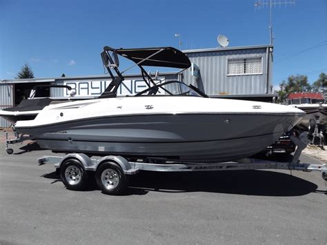 bayliner boats for sale new zealand bayliner vr5 bowrider 2018 lakeland marine lake taupo