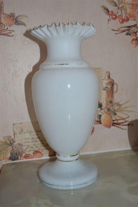 Victorian Glass Vase Victorian Glass Vase Collectors Weekly