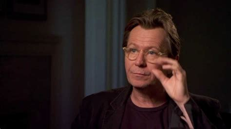 gary oldman youtube interview gary oldman s official quot paranoia quot interview celebs