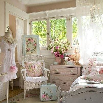 shabby chic bedrooms ideas with furniture and accessory tips