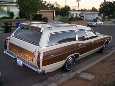 green ford station wagon 1971 ford country squire stationwagon we had a green one