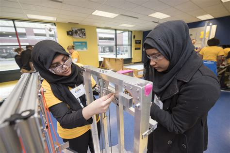 michigan students prep  global robotics competition  seattle times