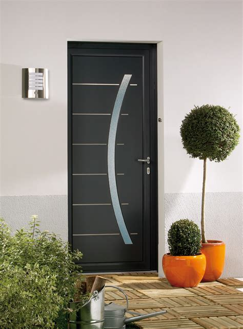 portes d entree alu porte d entr 233 e contemporaine en aluminium domeau concept