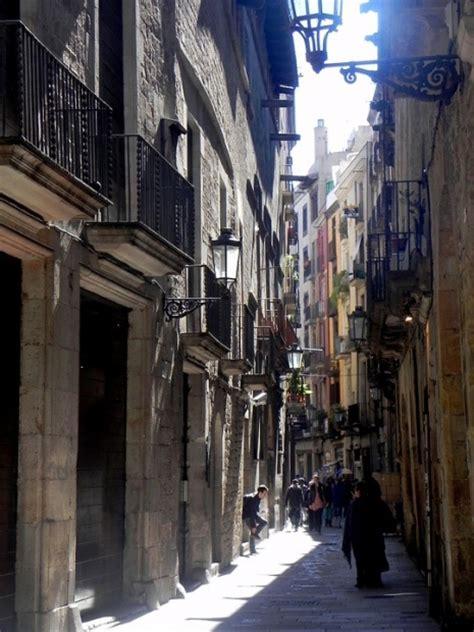 imagenes barrio gotico barcelona ruta por el barrio g 243 tico de barcelona catalonia hotels