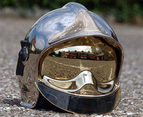 Motorradhelm Occasion v 233 hicules des pompiers fran 231 ais page 1228 auto titre