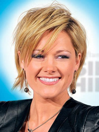 hair cuts that suit a lady of 70yrs woman helene fischer helene fischer pinterest hair style
