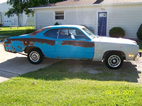 plymouth duster seats 1973 plymouth duster 340 4 speed petty blue space duster
