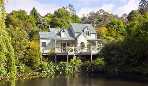 paradise gardens cottages apollo bay australia