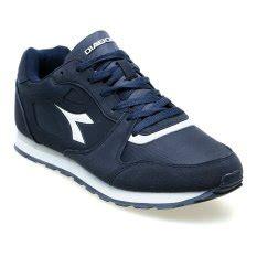 Sepatu Pria L 136 jual sepatu pakaian olahraga pria lazada co id