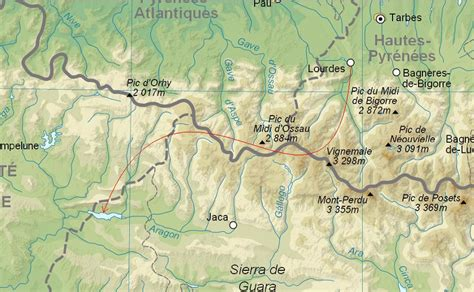 pyrenees mountains map the great pyrenees walk the walk