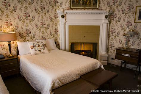 double room 2 double beds two double beds ch 226 teau de pierre