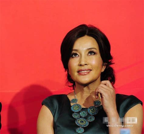 female celebrities 62 years old 62 year old chinese actress liu xiaoqing looks as young as