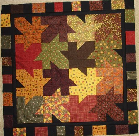 Free Fall Quilt Patterns by Falling Leaves Quilt Pattern For Fall Autumn Table Topper