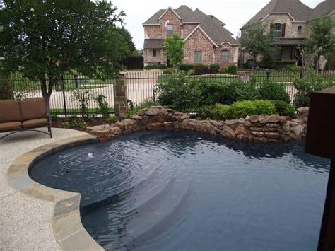 pool colors things to consider when choosing pool color