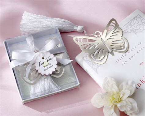 Butterfly Giveaways - various types of butterfly wedding favors wedding planning