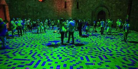 Karpet Lantai Di Malang mengintip karpet cahaya di lantai castel monte