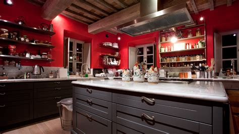 red kitchen  tuscany interiors  color