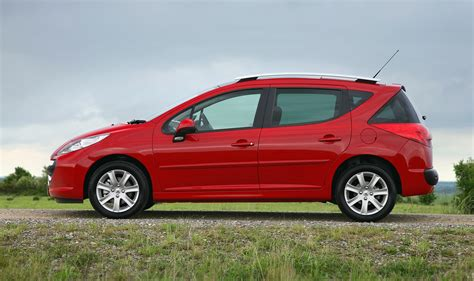 peugeot red peugeot 207 sw review 2007 2013 parkers