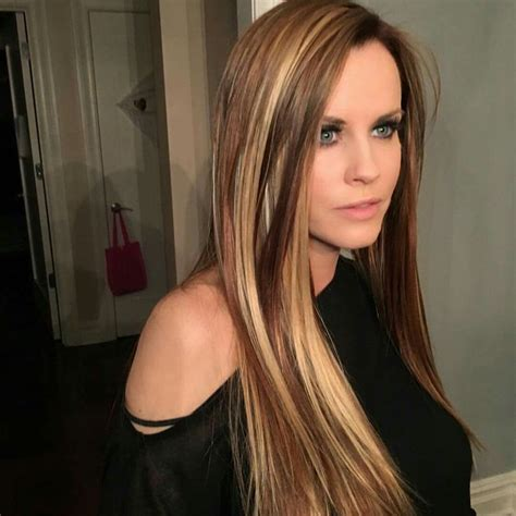 jenny mccarthys most recent haircolor 259 best jenny mccarthy donnie wahlberg images on