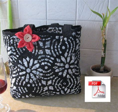 How To Make A Quilt Tote Bag by Pdf Tutorial How To Make A Quilted Weekend Tote Bag Cindyrquilts