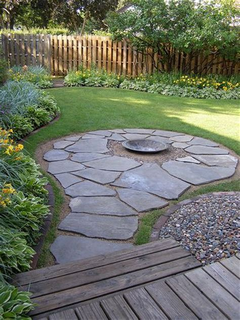 Rock Walkways And Patios by Best 25 Flagstone Walkway Ideas On How To Lay