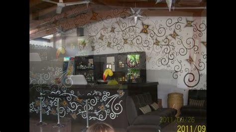 como hacer una decoracion de la cueva de batman en reciclaje decoracion de barra de bar youtube