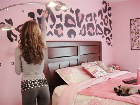 cheetah bedrooms pink leopard wall home decor painting bedroom