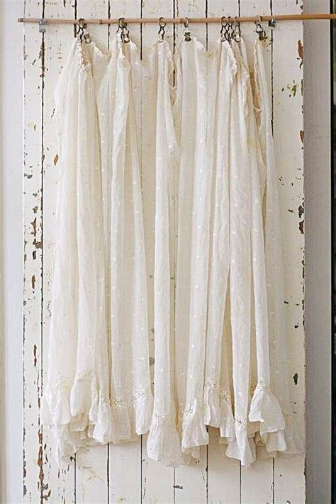 chic curtain ideas best 25 shabby chic curtains ideas on pinterest drapes