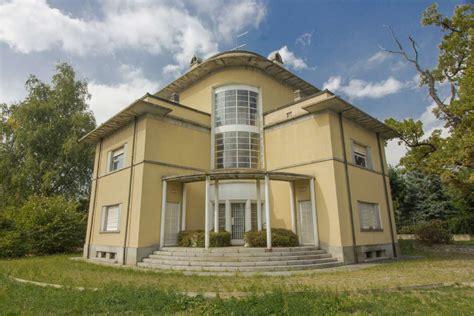 in vendita luserna san villa luserna san vendita 390 000 425 mq