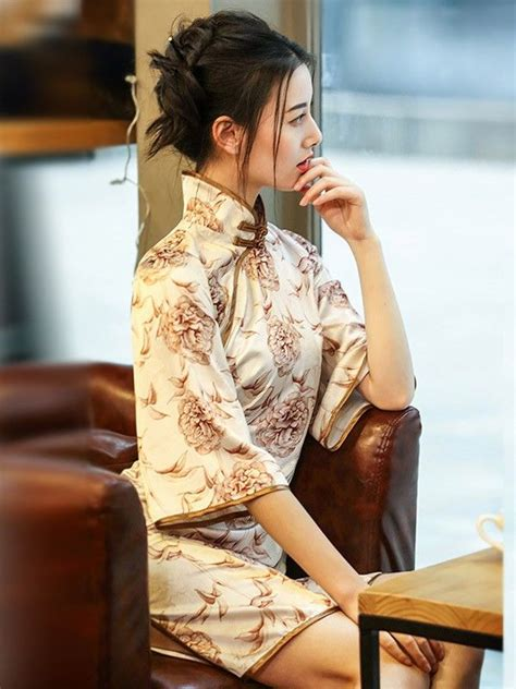 Sleeve Qipao flutter sleeve modern qipao cheongsam dress in floral