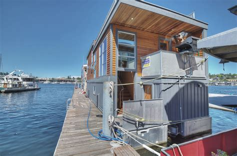 seattle house boat luxury lake union houseboat in seattle includes the slip