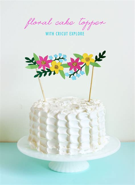 picture of diy floral cake topper with cricut explore