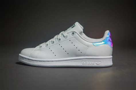 Adidas Stansmith Hologram Anak Pink adidas stan smith femme holographique animalcare fr