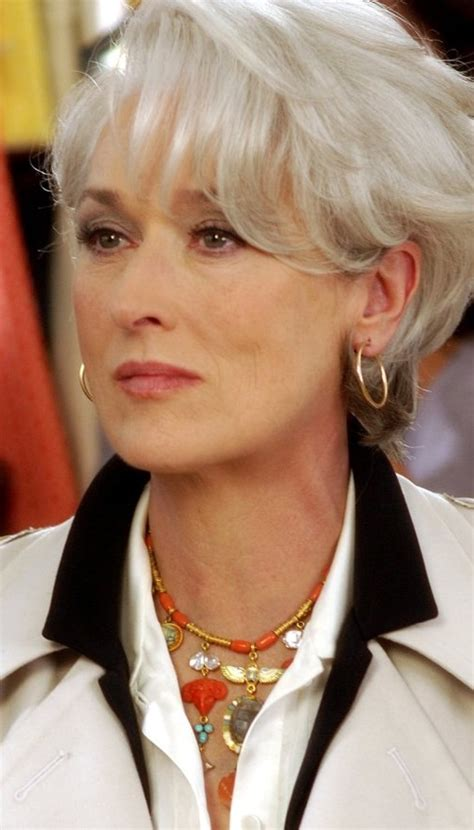 older women wearing jewelry what jewellery celebrities wear kaleidoscope effect