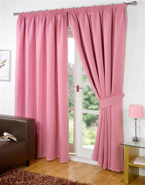 fenster vorhang modern gardinen rosa die romantischen farbnuancen schlechthin