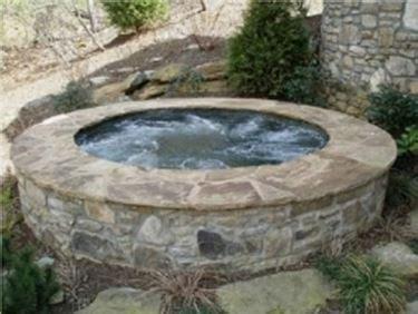 vasche iacuzzi idromassaggio per esterni complementi arredo giardino