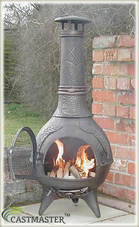 chiminea masters castmaster aztec cast iron chiminea chimenea chimnea patio