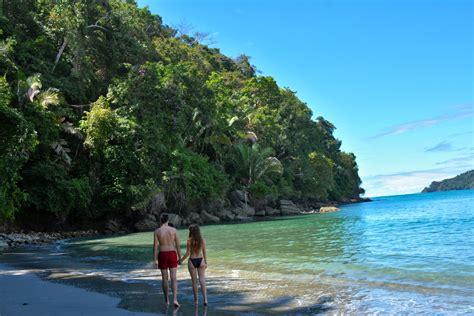 poringueras en las playas las 12 mejores playas de costa rica los traveleros